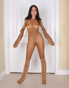 Pantyhose encasement transformation by mutee7