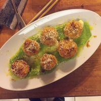 Crispy Scallops with Ramp Parsnip Puree by ThomasVo