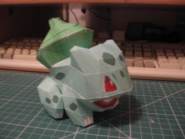 Bulbasaur pokedoll side by sazmullium