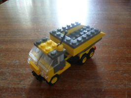 LEGO DUMP TRUCK by victortky