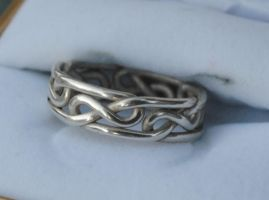 Figure Eight Celtic Knot Ring by dfoley75