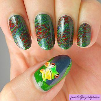Cute-tree-frog-nail-art by Painted-Fingertips