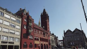 Rathaus by Momez