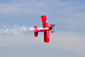 Red Biplane by champion-ofThe-light