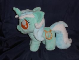 Chi~ibi Lyra by FeatherStitched