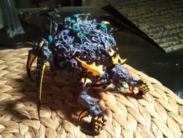 Tyranid tervigon conversion with slime by skincoffin