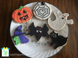 Halloween Cookies by SugiAi