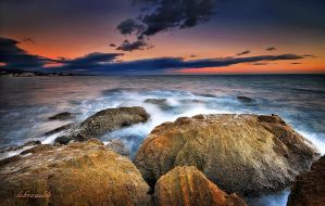 wet rocks by hotonpictures