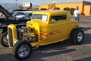 1932 Ford Coup by we-are-the-remnants