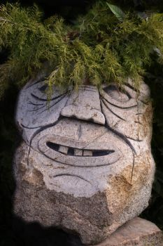 Head in stone by MTGraphiste