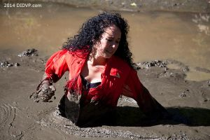 Tina Sweet in Quicksand 8297 by didvp