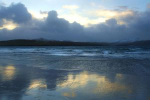Balnakeil Shoreline by tartanink