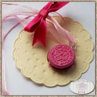 PINK COOKIE NECKLACE by theporcelainrose
