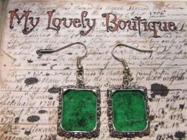 green frame by TheLovelyBoutique