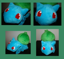 Bulbasaur Plush by Shadowless-Dreamer