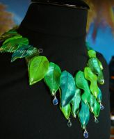 Dewdrop Leaves Necklace by Mariquez