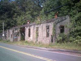 Abandoned Building in Centralia by canona2200