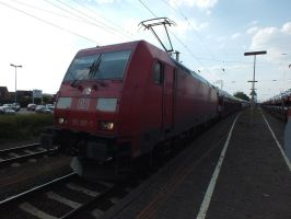 185 397 with car train by damenster