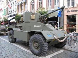 Liberation - Parked Armour by kanyiko
