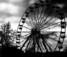 Scary Ferris Wheel by bErKandD