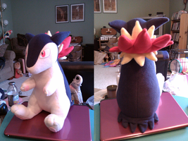 Typhlosion Plush by xxtemporaryinsanity