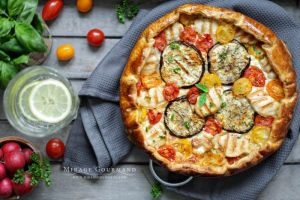 Galette with grilled chicken and vegetables by MirageGourmand