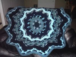 Round Ripple afghan in blues by Nanettew9