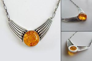 Baltic Amber Necklace by Gweyeni
