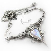 ANTINLIURN  - silver and moonstone by LUNARIEEN