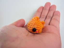Mini Amigurumi Goldfish by altearithe
