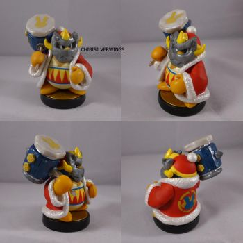 Masked Dedede Amiibo by ChibiSilverWings