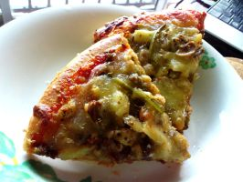 breakfast pizza reheated by plainordinary1