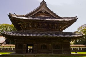 Old Japanese temple by maximira