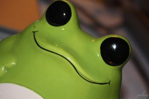 Mr.Froggy Says Hello by jetlace