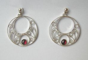 Comission - Filigree earrings by luthienancalime