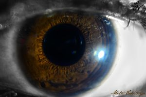 Eye Project: Holed-up by ShineeDragon