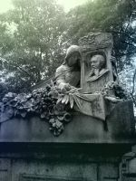Tombe du Pere-Lachaise IV by Thelema001