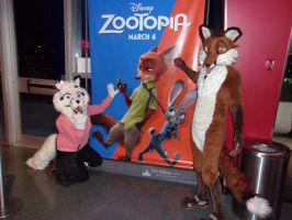 The 2 Foxes at Zootopia. by Crazyjoe1952