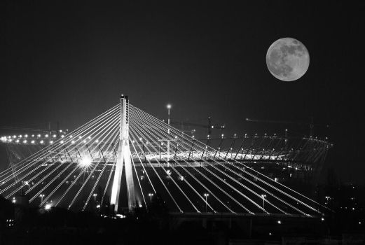 moon over Warsaw by buyniasty