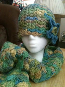Shell Stitch Hat and Scarf by mrmosher