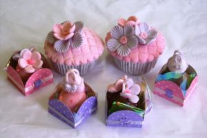 cupcakes  - flowers by anafuji
