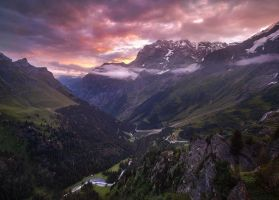 Lauterbrunnen Sunrise - Switzerland by Bakisto