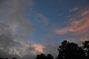 Morning sky with Moon 6-12-12 by Tailgun2009