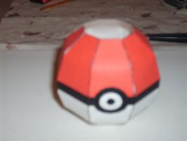 Simple Pokeball papercraft by AUSTINMEADOWS