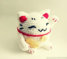 Lucky cat by mochillery