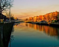 Along the Liffey by superflyninja