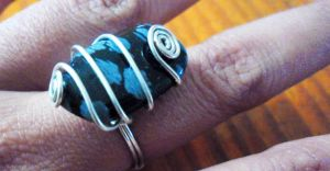 SIMPLE RING by slinkyskinked