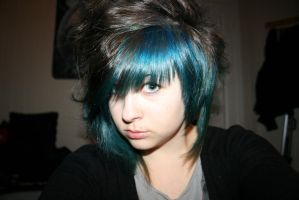 I had Blue hair once :D by Lizzimoa