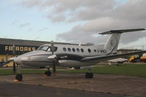 King Air by tammyins