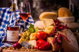 Cheese and Wine 4 by PROfotoEU